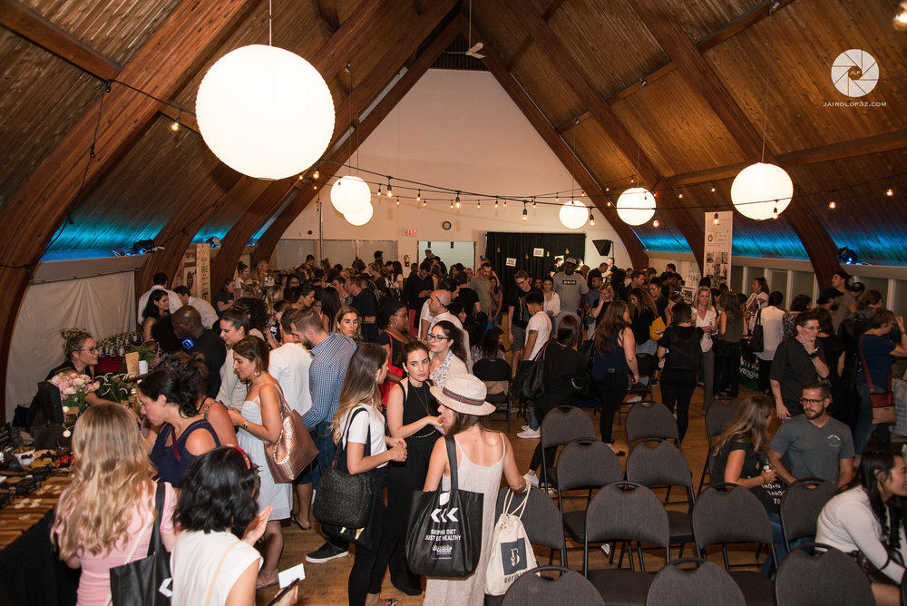 The Toronto Vegan Social Pop-Up Event.  Photo by:    Jairo Lop3z Productions.