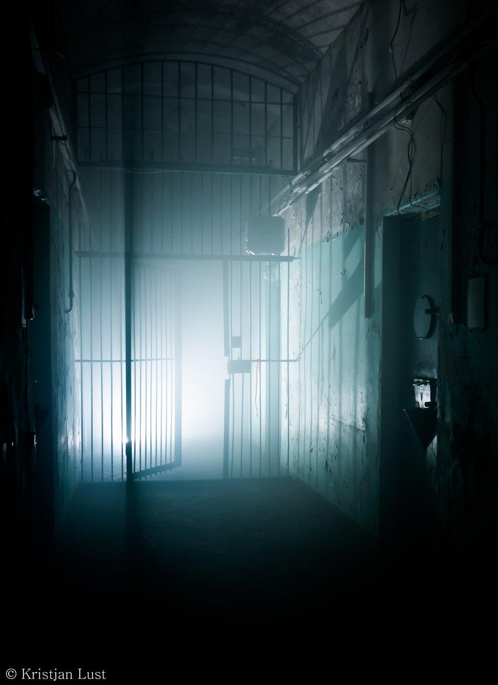 Prisonescape_6.jpg