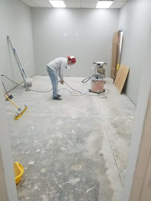What is a Commercial Contractor? - Your actual first step when looking for a commercial contractor is to know what they do. Seems pretty obvious, right? As the name suggests, a commercial contractor is a general contractor who specializes in commercial construction.However, unlike a residential contractor, a commercial builder works on projects such as builds and remodels of schools, corporate offices, restaurants, retail buildings and more.A contractor will oversee all stages of construction sometimes including: Design, permitting, supply purchases, building codes adherence, and zoning regulations. (BC)