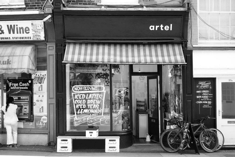 Shopfrontb+w.jpg