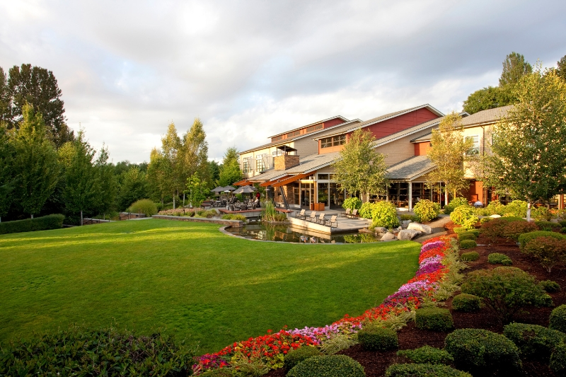 the-setting-for-cedarbrook-lodge-is-quintessentially-northwest.jpg