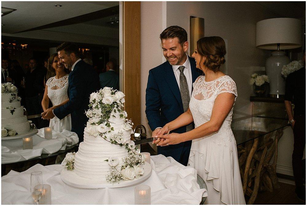 wedding photos at the roslin beach hotel