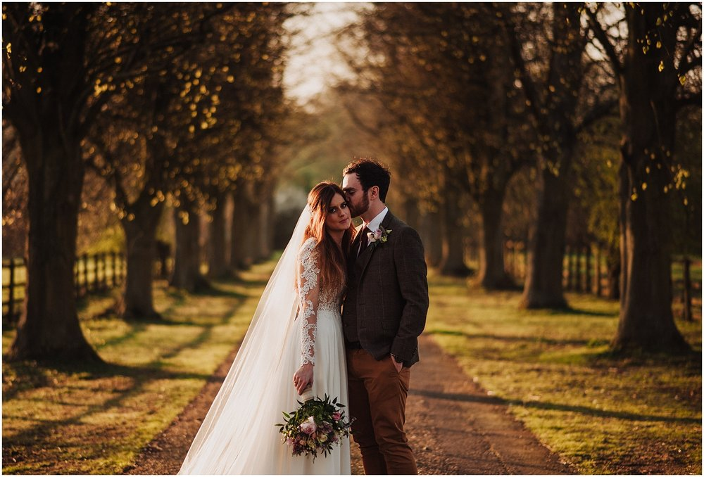 wedding photo ideas on the long drive at notley abbey
