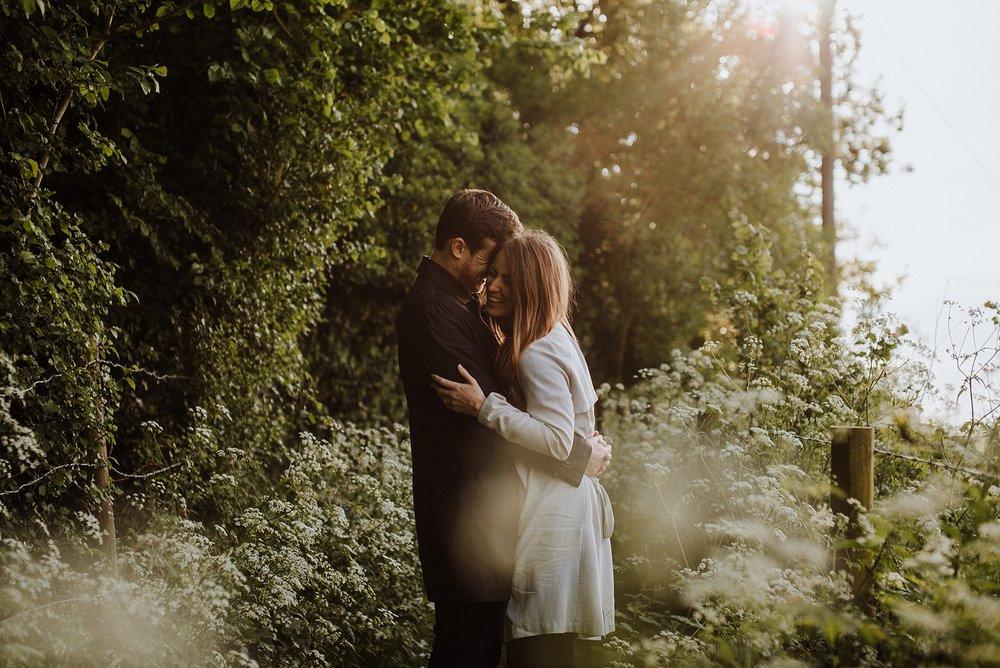 natural wedding photographer uk