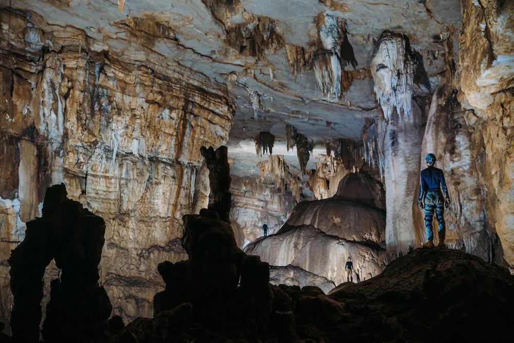 HYDEMAN.8.Cueva De Linda.jpg