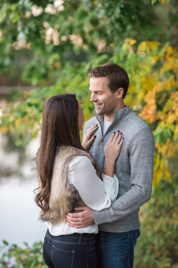 taylormarieparker_michiganweddingphotographer_katieandnick_engagements_fall_065.jpg