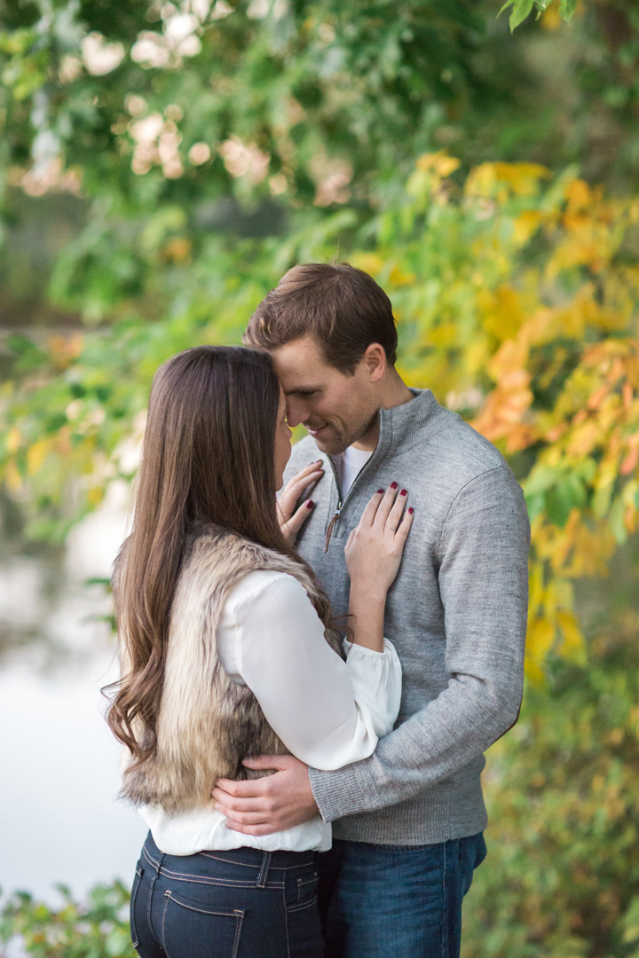 taylormarieparker_michiganweddingphotographer_katieandnick_engagements_fall_066.jpg