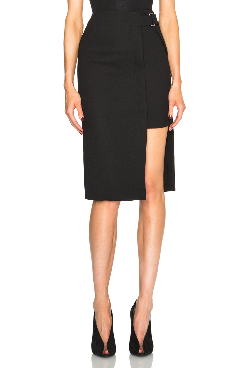 NICHOLAS - DOUBLE BONDED SPLIT LEVEL SKIRT
