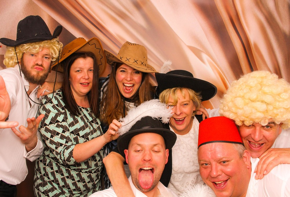 www.fotoauto.co photo booth hire-125.jpg