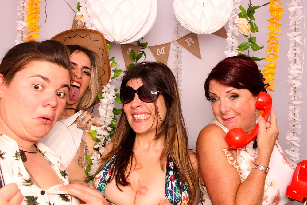 www.fotoauto.co photo booth rental-25.jpg