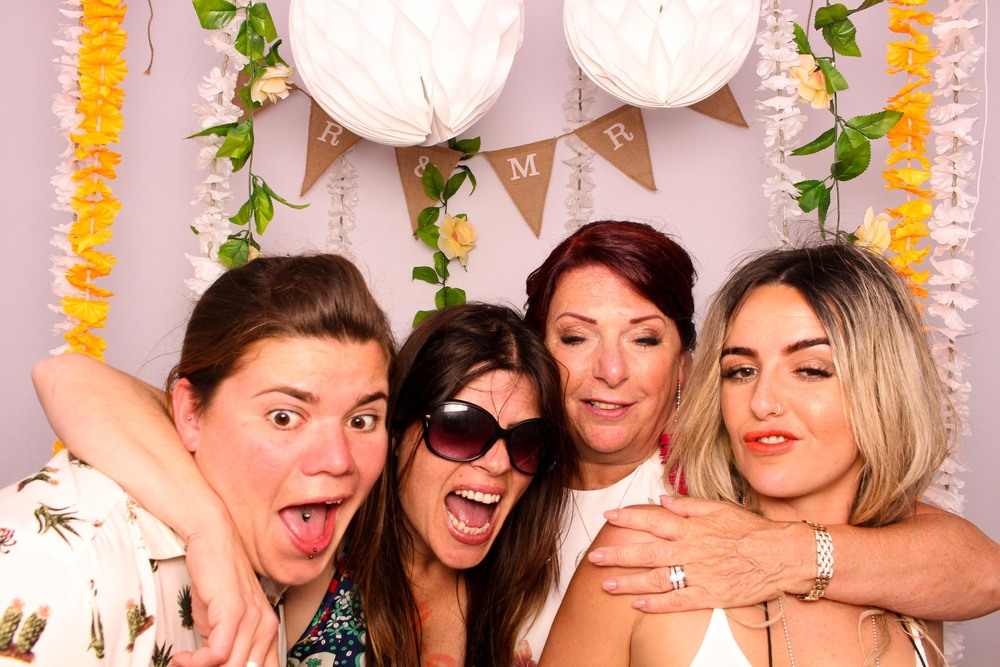 www.fotoauto.co photo booth rental-31.jpg