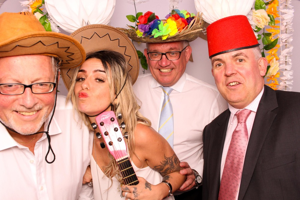 www.fotoauto.co photo booth rental-201.jpg