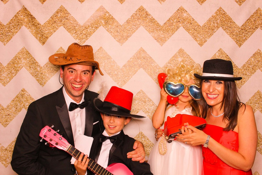 www.fotoauto.co photo booth hire rental-145.jpg