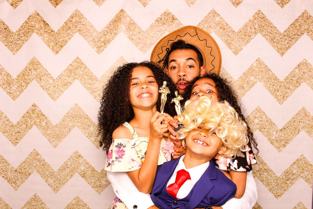 www.fotoauto.co photo booth hire-301.jpg