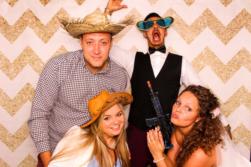 www.fotoauto.co photo booth hire-300.jpg