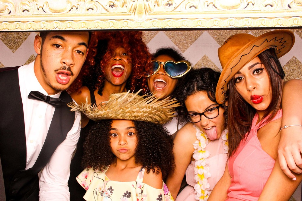 www.fotoauto.co photo booth hire-309.jpg