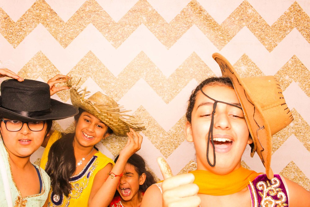 www.fotoauto.co photo booth hire-250.jpg