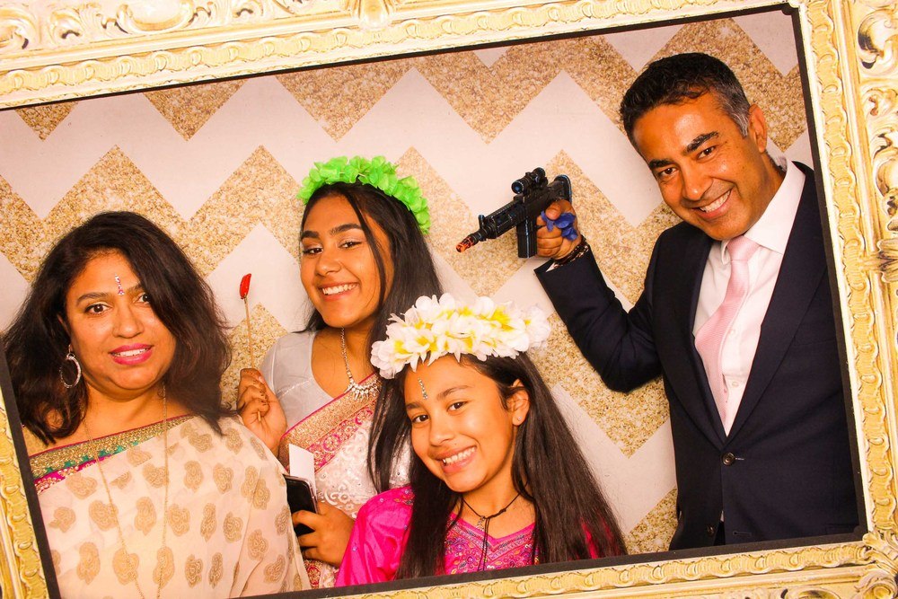 www.fotoauto.co photo booth hire-256.jpg