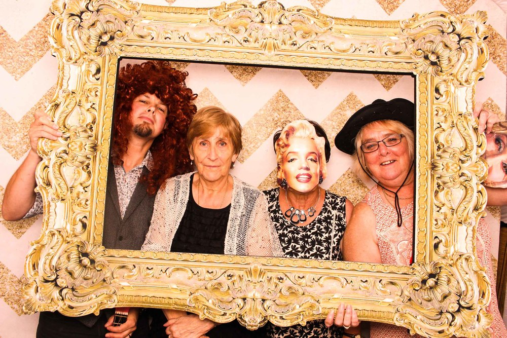 www.fotoauto.co photo booth hire-13.jpg