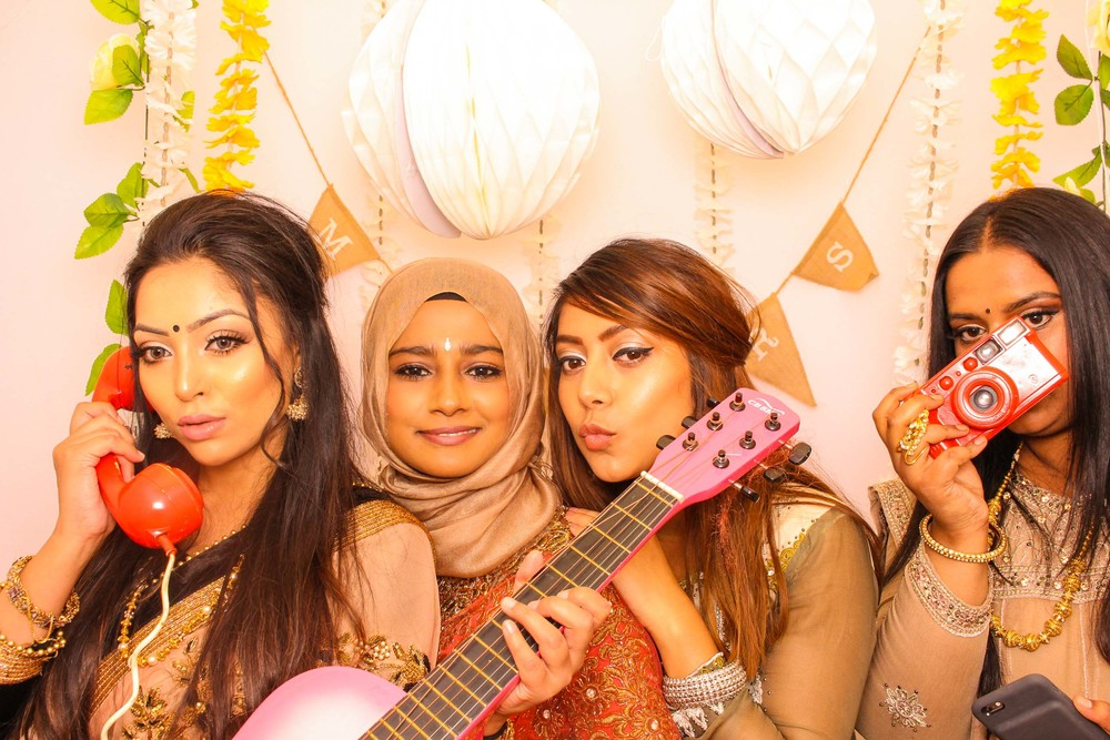 www.fotoauto.co photo booth hire-200.jpg