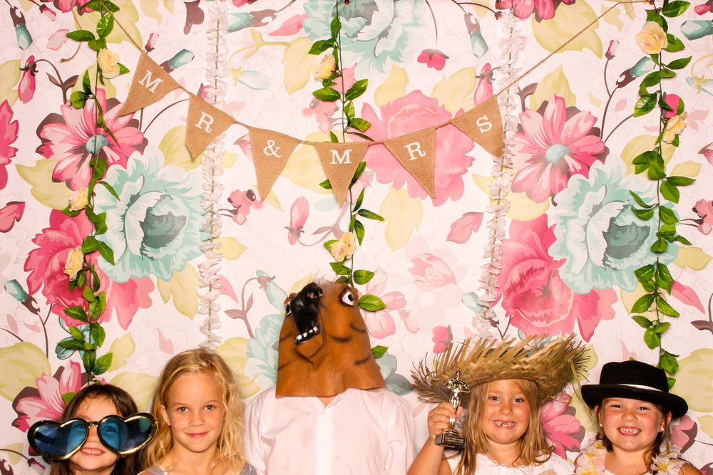 www.fotoauto.co photo booths-21.jpg
