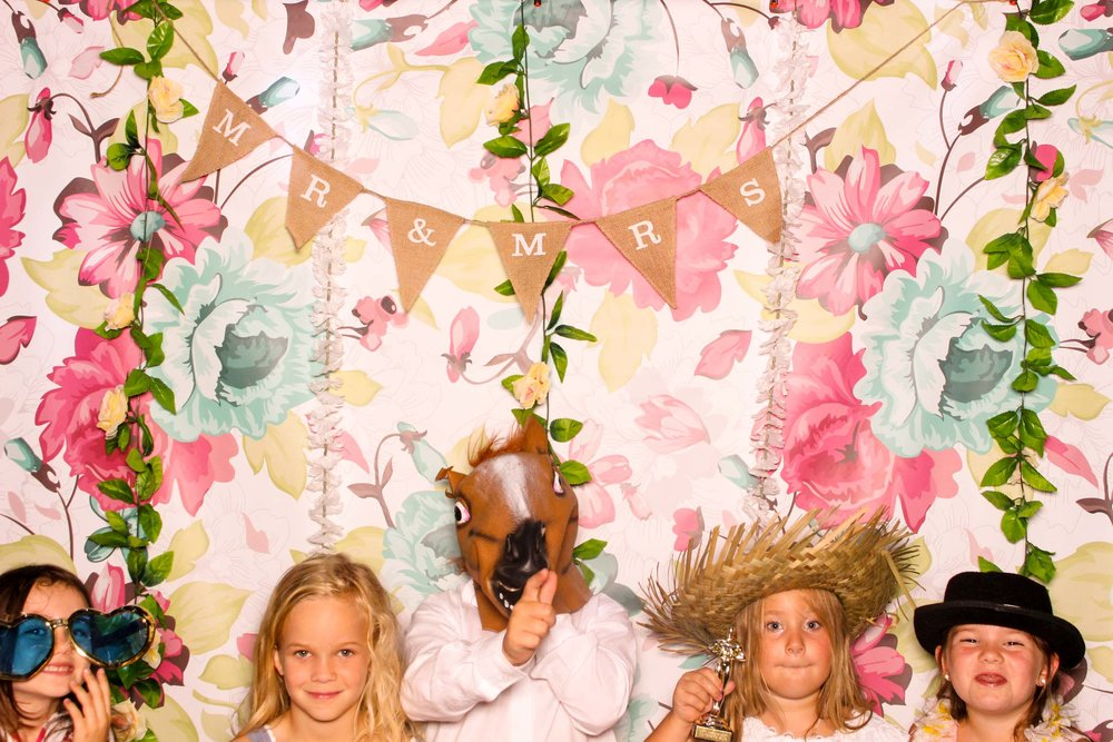 www.fotoauto.co photo booths-23.jpg