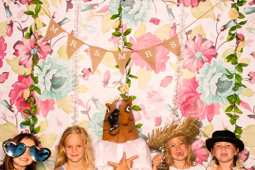 www.fotoauto.co photo booths-22.jpg
