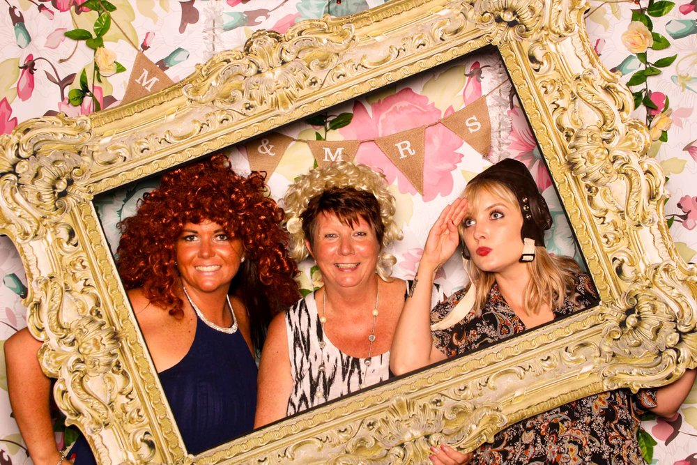 www.fotoauto.co photo booths-53.jpg