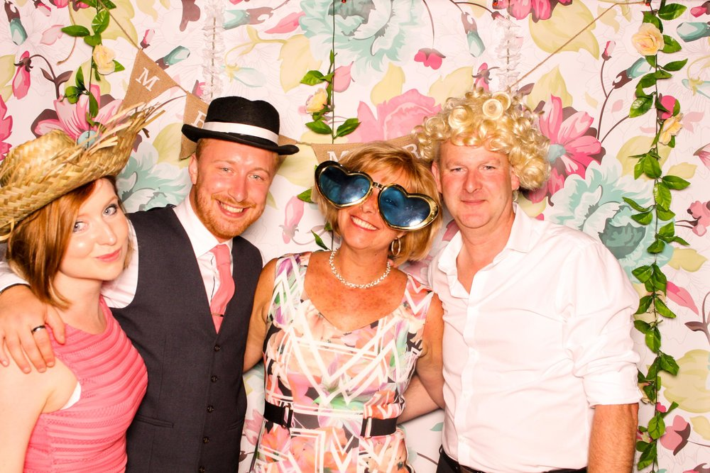 www.fotoauto.co photo booths-109.jpg