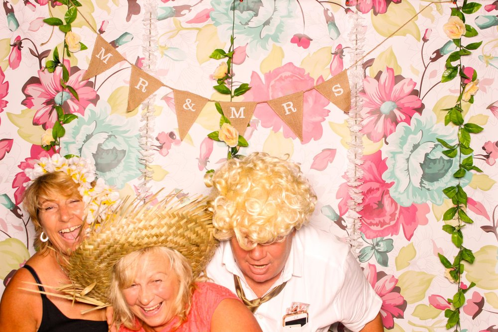 www.fotoauto.co photo booths-118.jpg