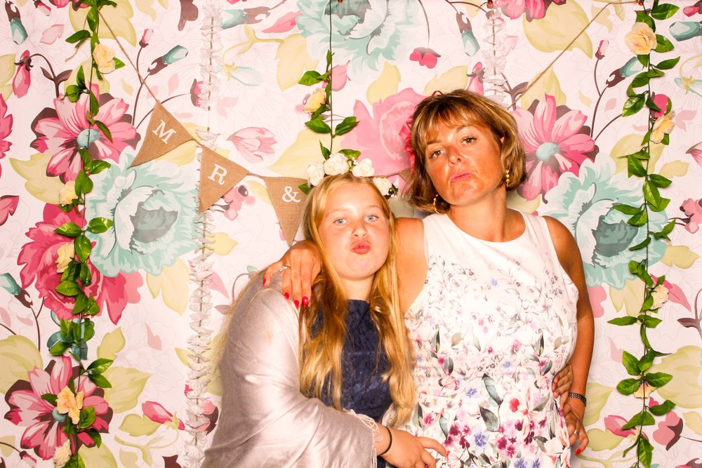 www.fotoauto.co photo booths-130.jpg
