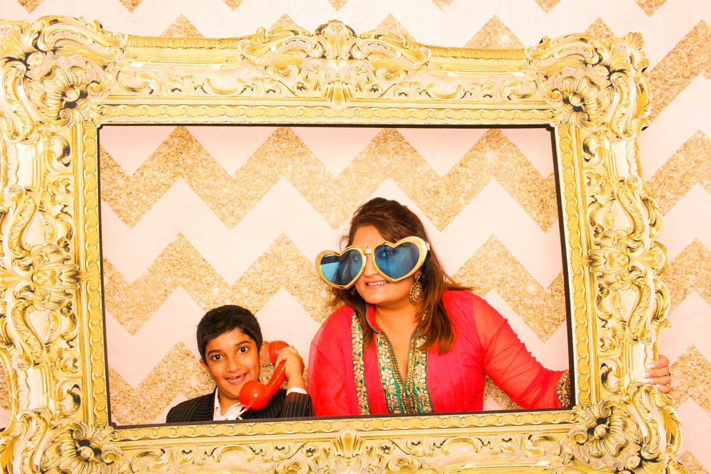 www.fotoauto.co photo booths-10.jpg