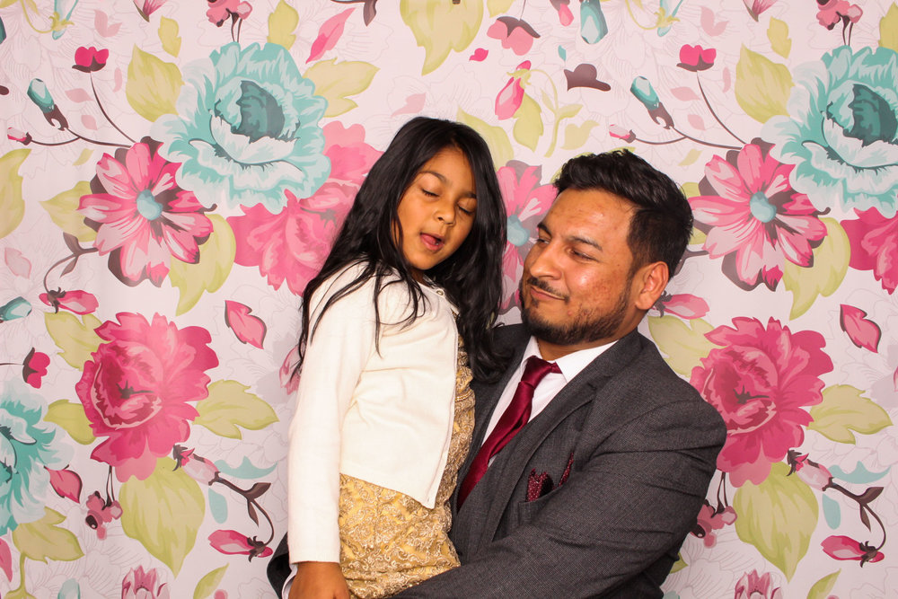 FOTOAUTO-photo-booth-hire-34.jpg