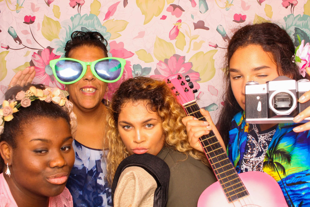FOTOAUTO-photo-booth-hire-71.jpg
