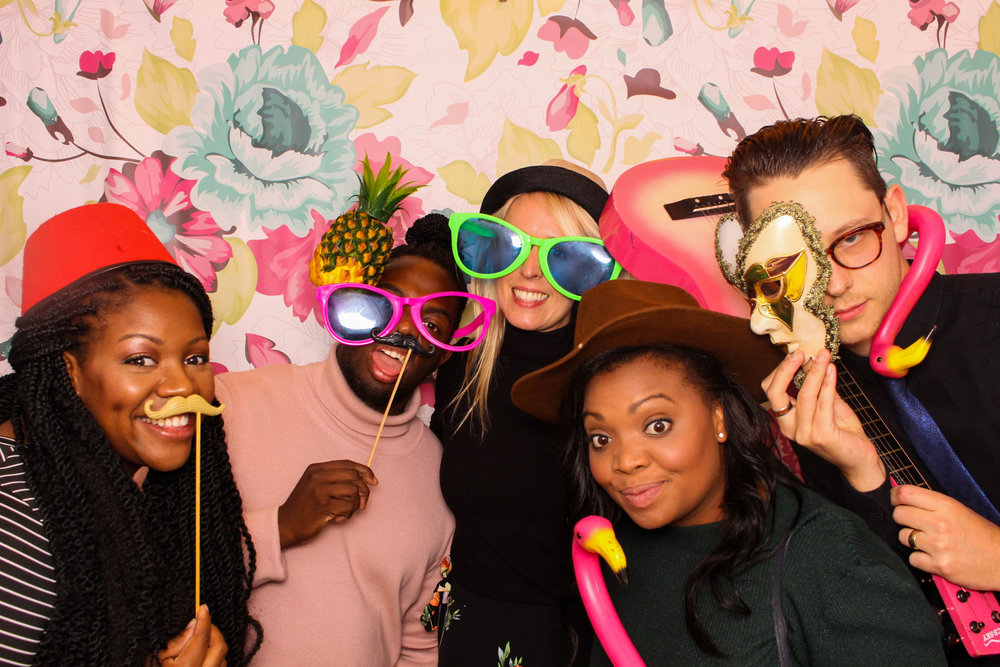 FOTOAUTO-photo-booth-hire-85.jpg