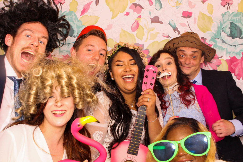 FOTOAUTO-photo-booth-hire-95.jpg