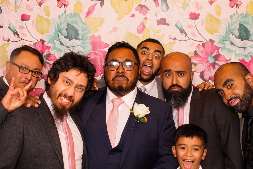 FOTOAUTO-photo-booth-hire-106.jpg