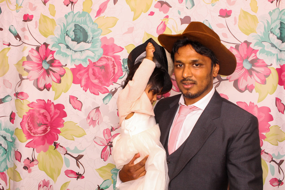 FOTOAUTO-photo-booth-hire-147.jpg