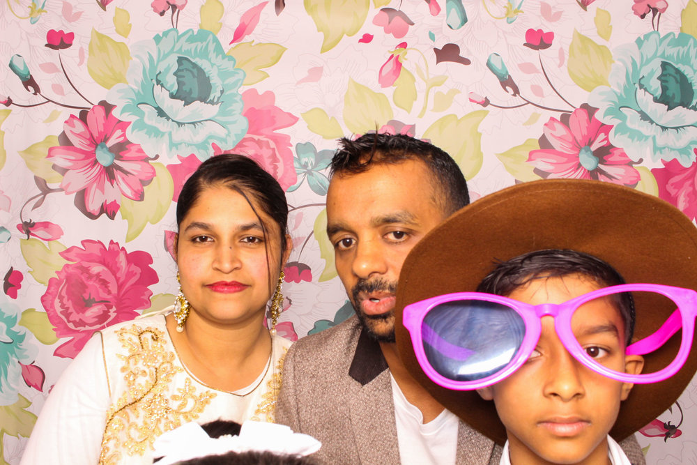 FOTOAUTO-photo-booth-hire-173.jpg