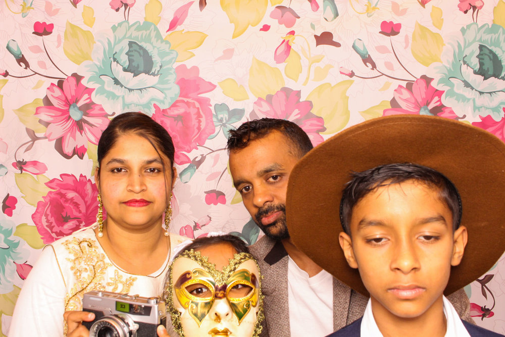 FOTOAUTO-photo-booth-hire-174.jpg