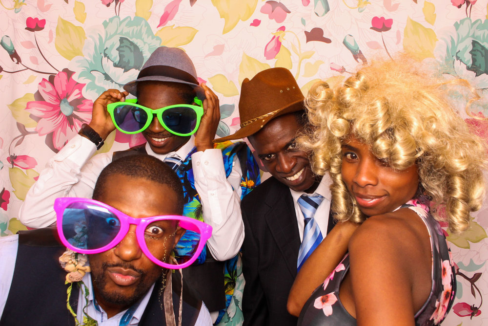 FOTOAUTO-photo-booth-hire-186.jpg