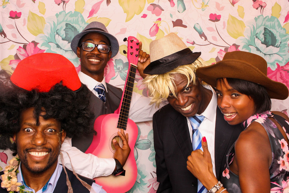FOTOAUTO-photo-booth-hire-187.jpg