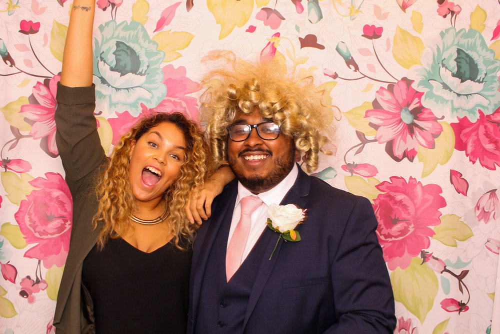 FOTOAUTO-photo-booth-hire-189.jpg
