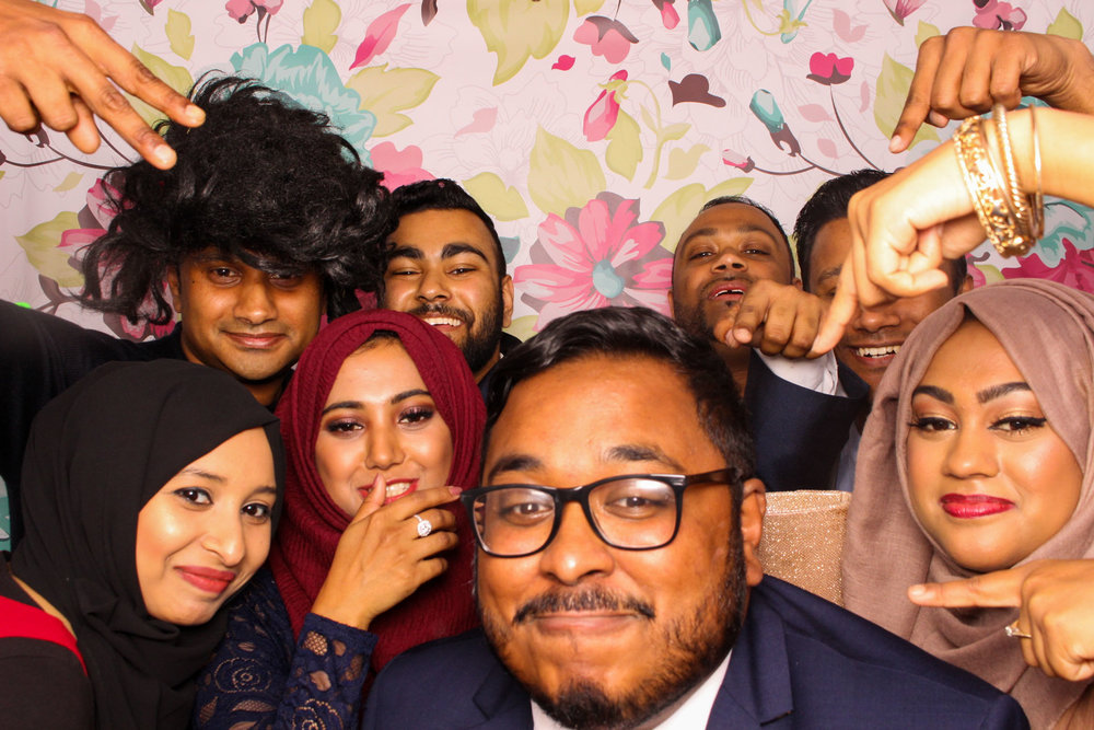 FOTOAUTO-photo-booth-hire-195.jpg