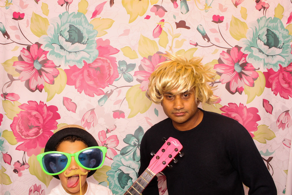FOTOAUTO-photo-booth-hire-208.jpg