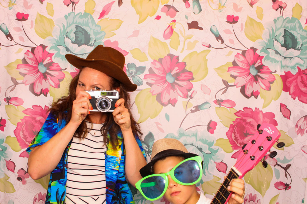 FOTOAUTO-photo-booth-hire-217.jpg