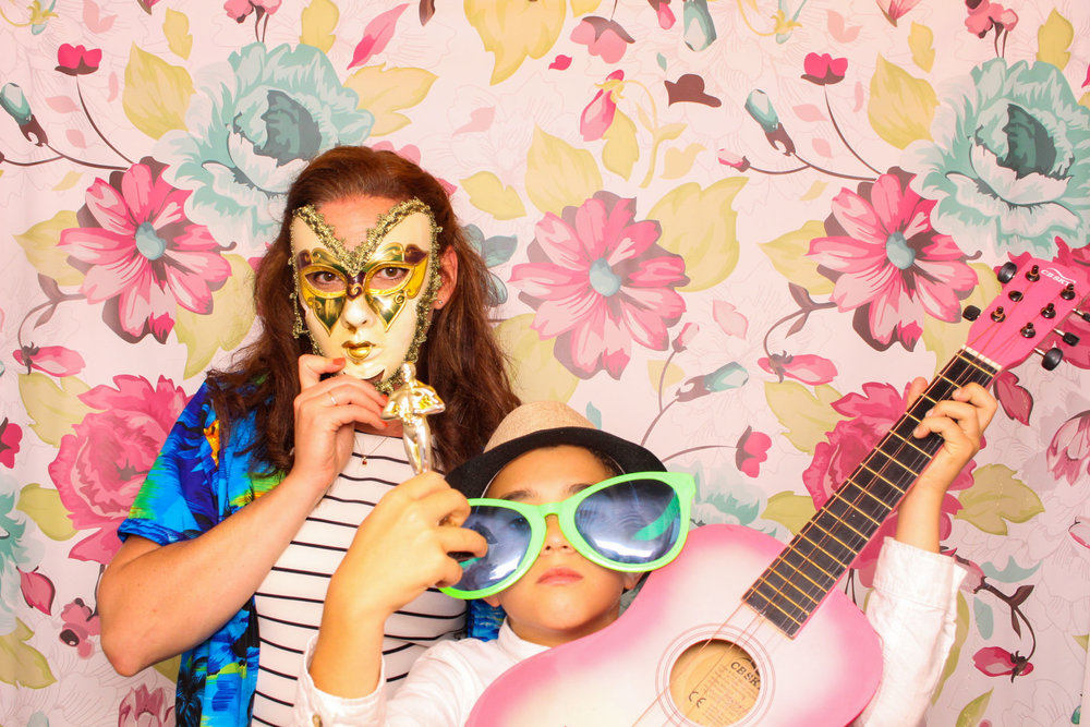 FOTOAUTO-photo-booth-hire-218.jpg