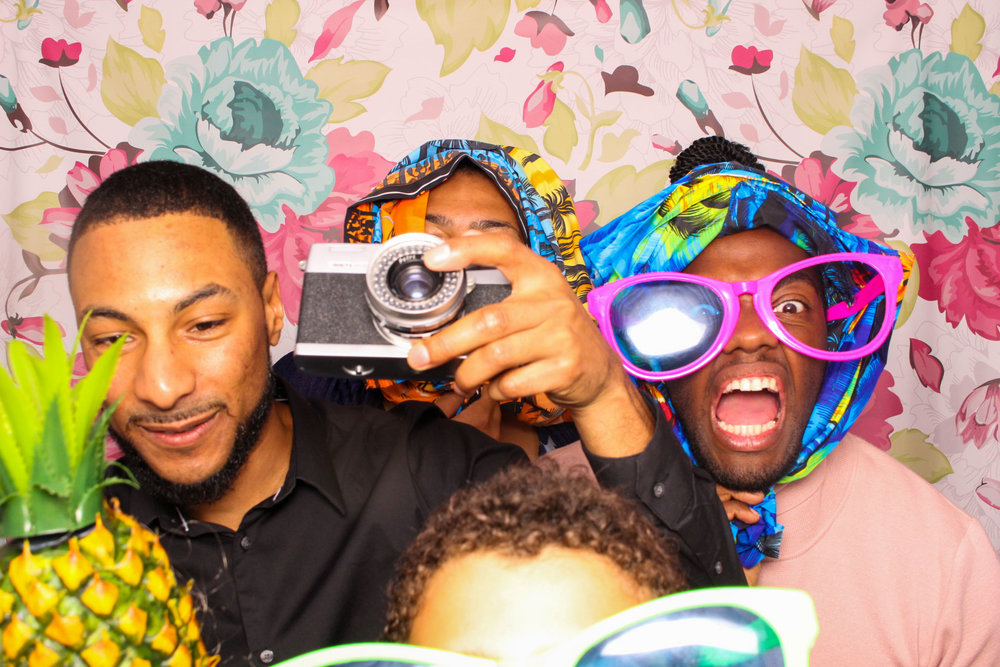 FOTOAUTO-photo-booth-hire-232.jpg