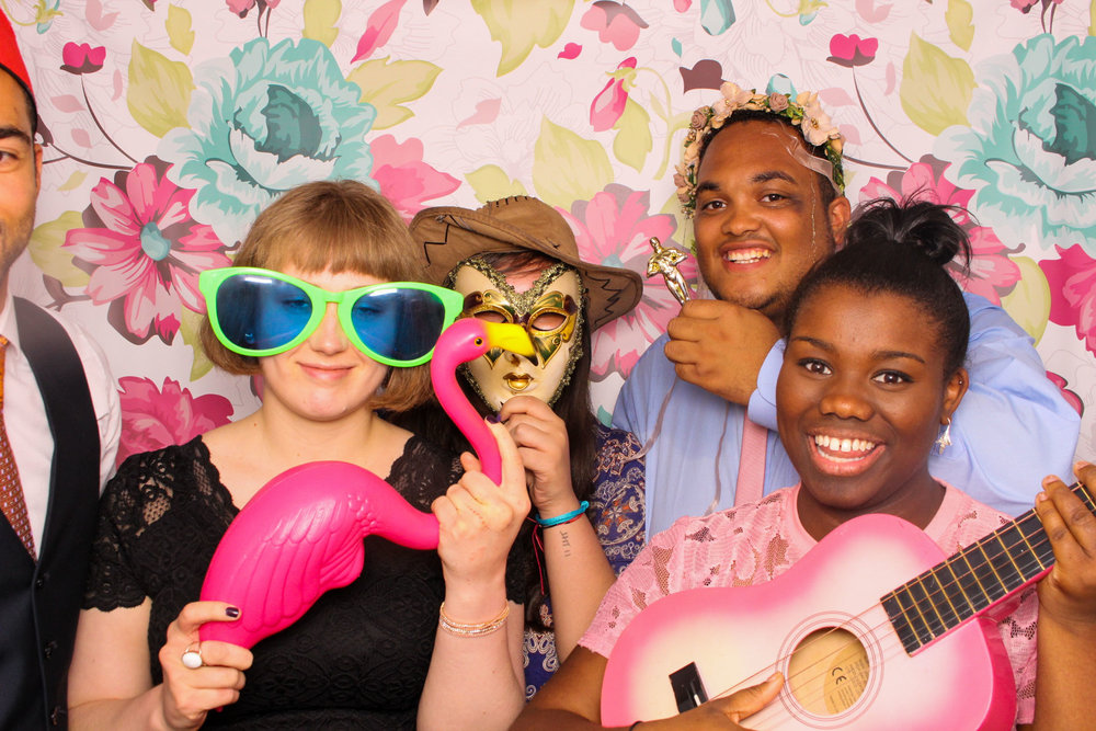 FOTOAUTO-photo-booth-hire-241.jpg