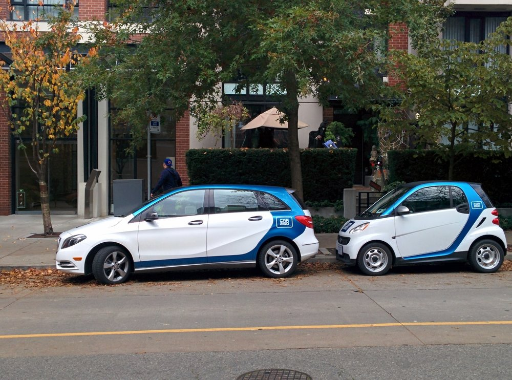 Car2Go_4-door_Mercedes-Benz_B_Class_and_a_2-door_Smart_ForTwo_in_Downtown_Vancouver-1.jpg